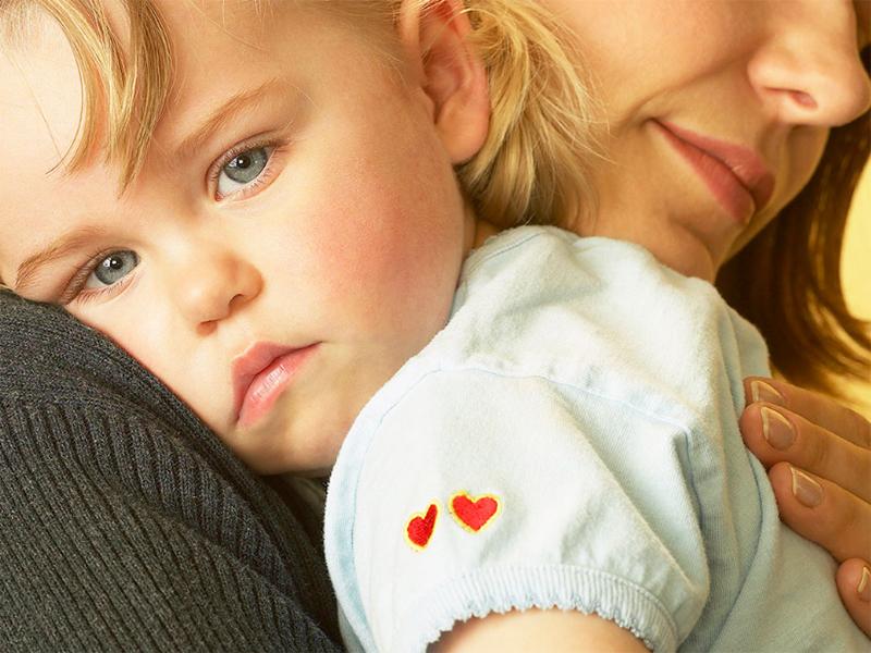 Можно ли взять кредит одинокой женщине с ребенком?